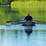 Rauhallisia soutuhetkiä järvellä